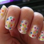 Uñas con confeti: Cómo hacerlo y 50 diseños para elegir
