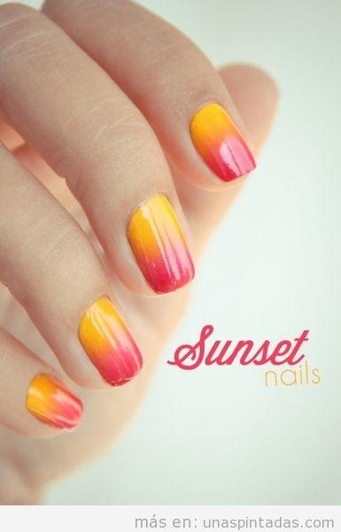 Uñas pintadas con una puesta de sol, Nail Art con degradado