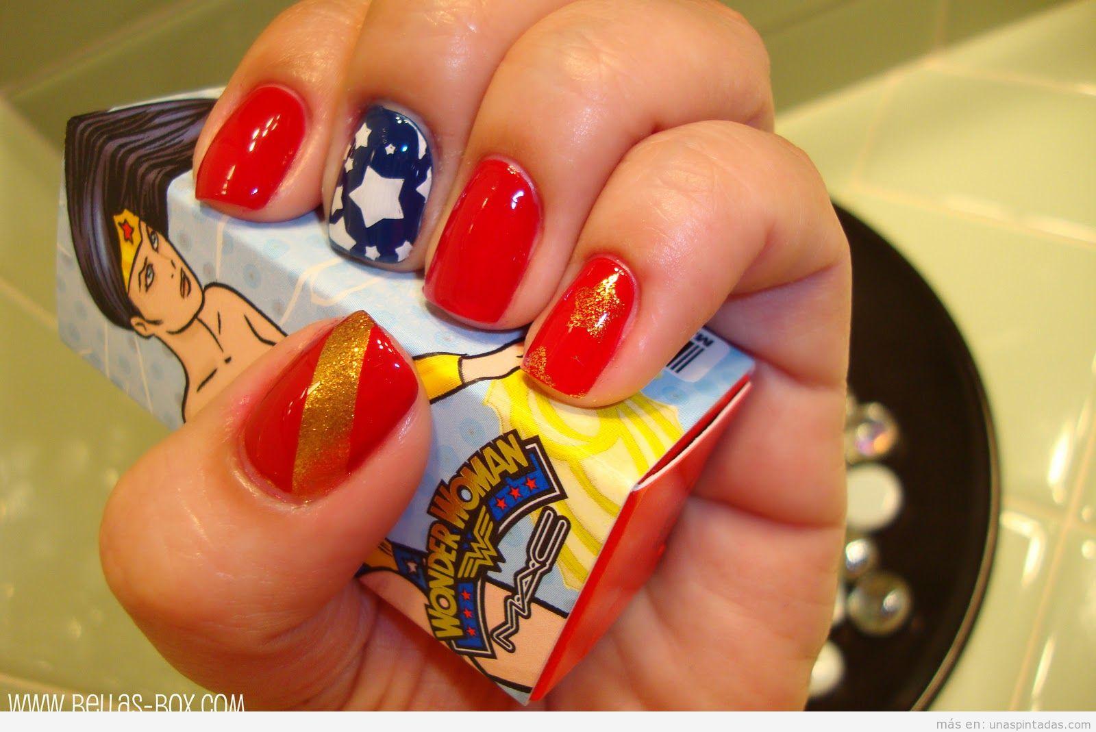 Nail Art de Mujer Maravilla o Wonder Woman