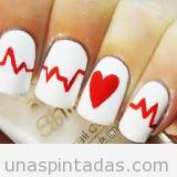 Dibujo sencillo para un Nail Art con corazón y cardiograma