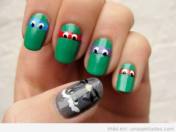 Decoración de uñas original y divertida con un dibujo fácil de las Tortugas Ninja