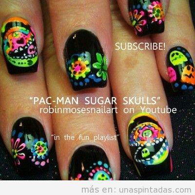 Decoración de uñas con dibujos de pac man decorado como santa muerte mexicana