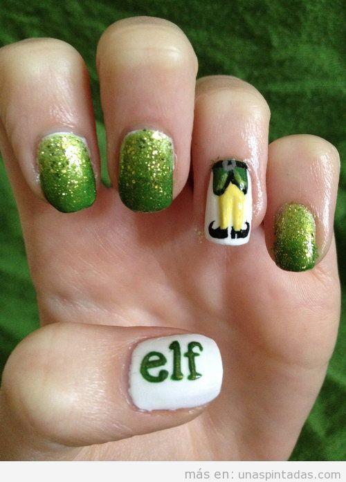 Diseño de uñas para Navidad con dibujo de Elfo