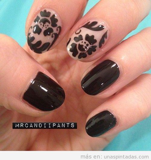 Decoración de uñas con estampado barroco y floral