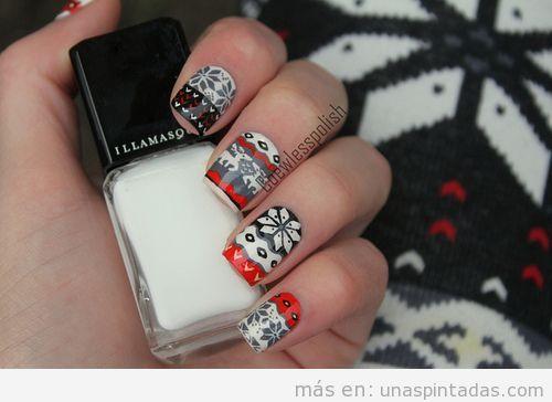 Diseño o decoración de uñas con el estampado de los jerseys de lana de Navidad