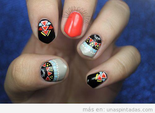 Diseño de uñas tribal, forma acabada en punta