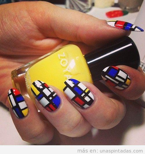 Diseño de uñas al estilo de las obras de arte del pinto Mondrian
