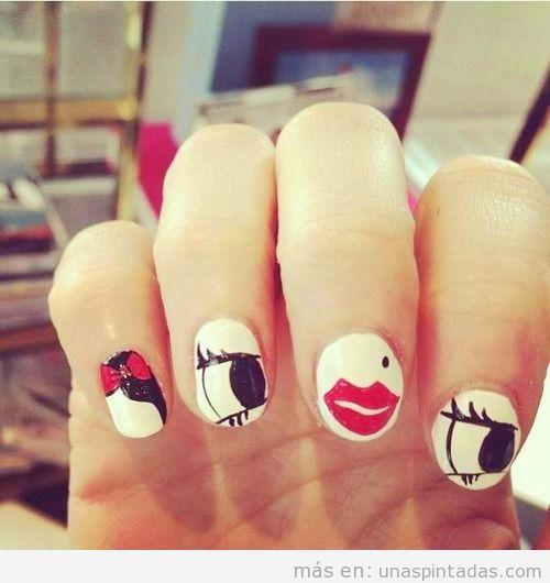Decoración de uñas inspirado en un diseño de Alice Olivia
