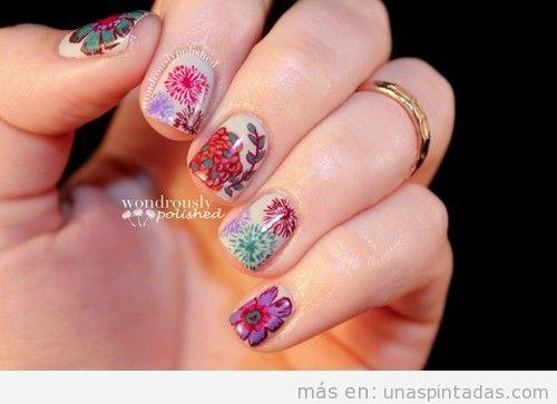Decoración de uñas con dibujos preciosos de flores