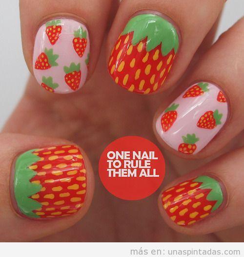 Decoración de uñas con dibujos de fresas