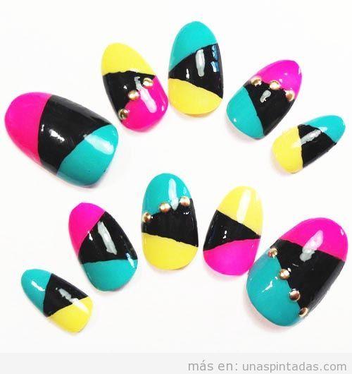 Decoración de uñas colorblock en colores neón, nail art verano 2013