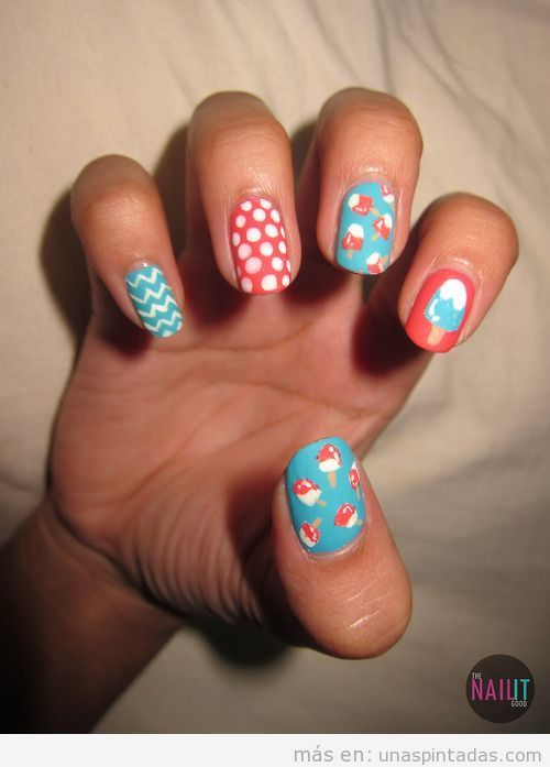 Diseño de uñas fresco y con helados para el verano