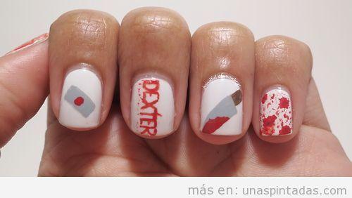 Diseño de uñas inspirado en la serie Dexter