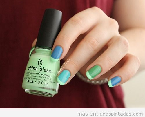 Manicura francesa para verano en colores verde, azul y turquesa
