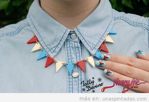 Diseño de uñas, guirnalda de triángulos