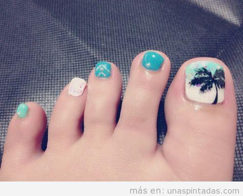 Decoración de uñas con palmeras para las uñas de los pies, verano 2013