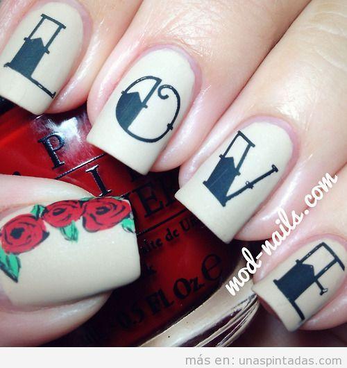 Diseño uñas San Valentín, palabra Love estilo tatuaje y rosas