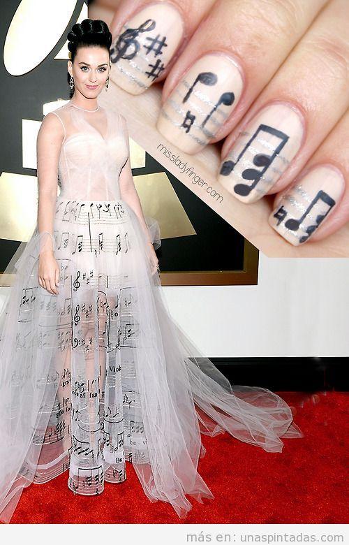 Diseño de uñas inspirado en vestido de Kate Perry , Grammys 14, notas de música