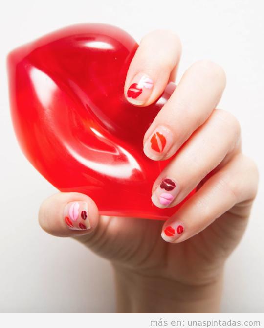 Diseño de uñas beso