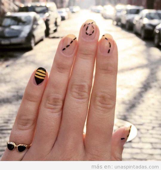Decoración uñas fácil, abeja y vuelo