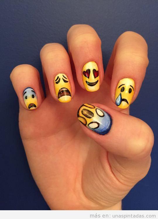 Uñas decoradas con emoticonos: Exprésate con tus uñas - Uñas pintadas