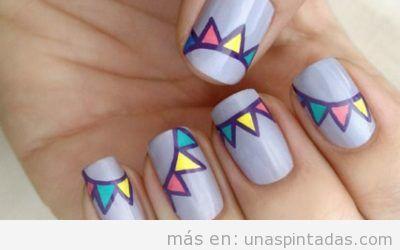 Decoración de uñas con guirnaldas