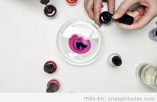 Uñas pintadas al agua: todo lo que debes saber