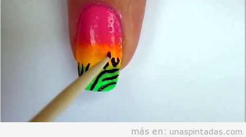 Uñas pintadas animal print tutorial