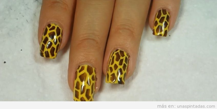 Uñas pintadas de jirafa: Un animal print que te encantarán - Uñas ...