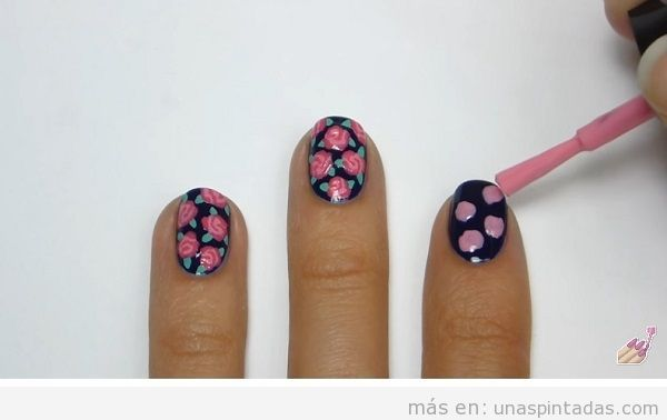 Uñas decoradas con rosa, tutorial paso 1