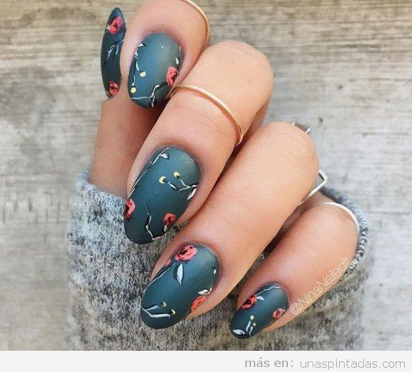 Diseño uñas otoño 2017 floral oscuro