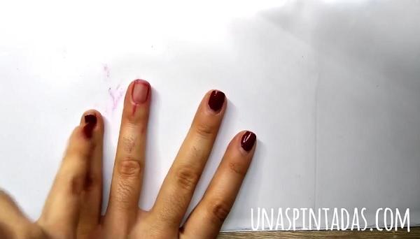 Cómo Quitar el Esmalte Rojo de las Uñas Sin Mancharse Los Dedos
