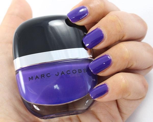 10 Uñas pintadas color Ultra Violet, Pantone año 2018