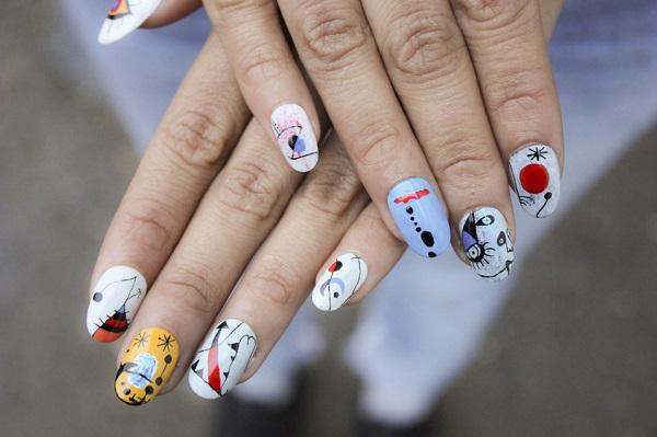 Diseño uñas surrealistas Miró 2