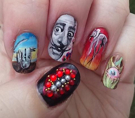Diseño uñas surrealistas Dalí 3