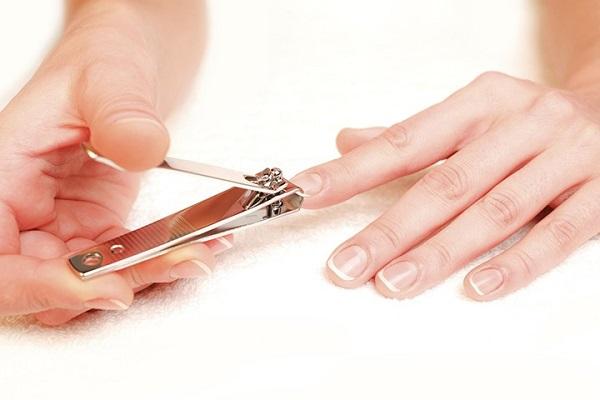 Consejos uñas sanas y bonitas, cortar uñas