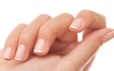 8 maneras de mantener tus uñas saludables y fuertes